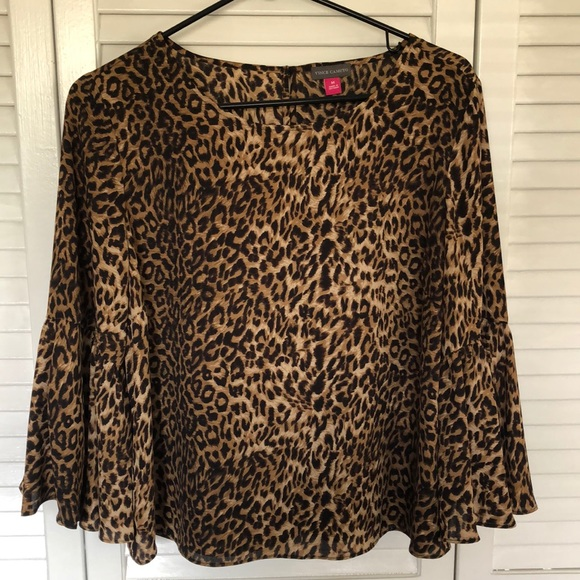 Vince Camuto Tops - Vince Camuto leopard top. Like new! Worn once.